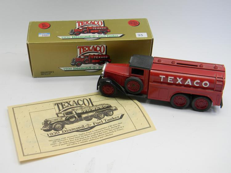 "ERTL 1930 Diamond Fuel Tanker ""Texaco"" Coin Bank"