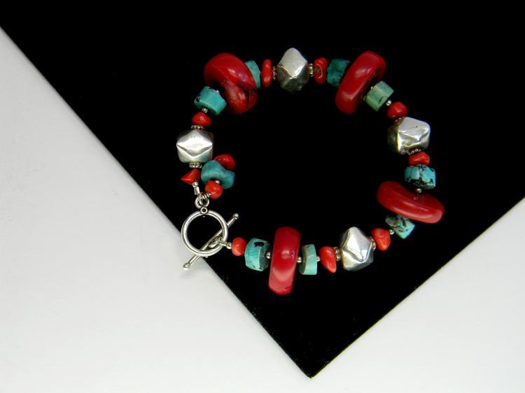 Costume Jewelry Coral Turquoise Bead Bracelet