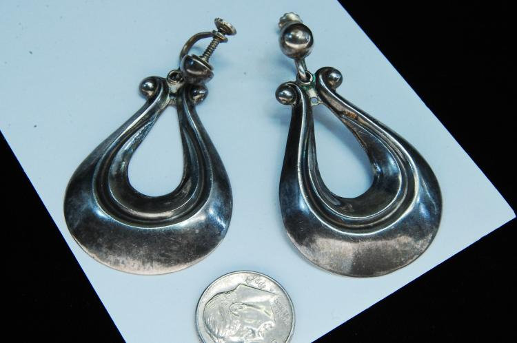 Lot 6: Vintage 15g Sterling Silver Taxco Mexico Earrings