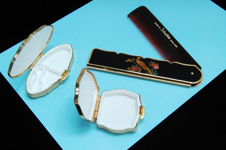 Lot 13: Vintage Signiture England Pill Box & Comb Lot Of 3