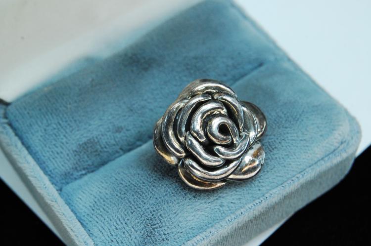 Vintage Sterling Silver Rose Pendant