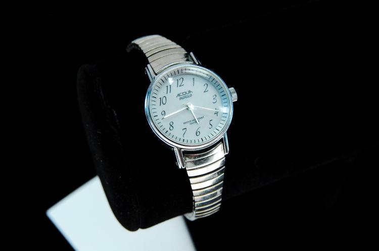 Modern Acqua Indiglo Ladies Watch