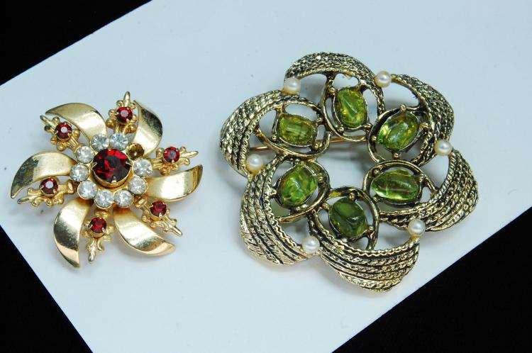 Vintage Costume Jewelry Ladies Brooch Lot Of 2