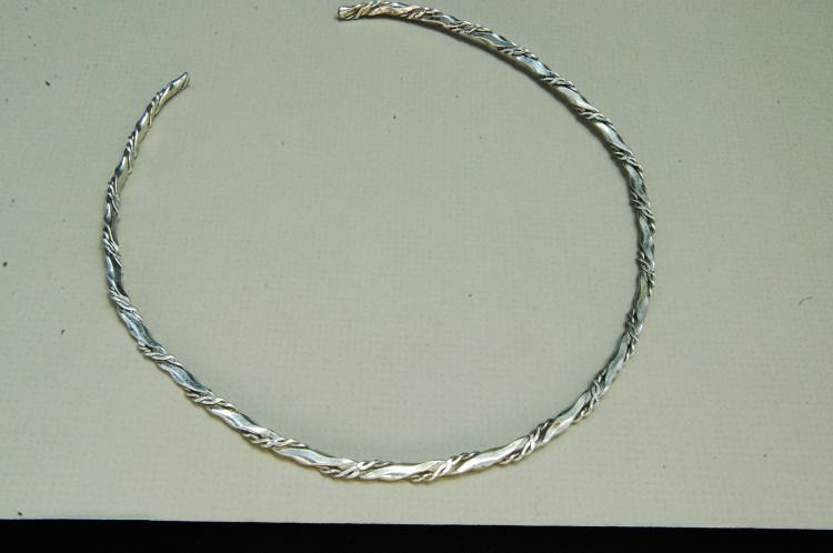 Vintage 20g Twisted Sterling Silver Cuff Necklace