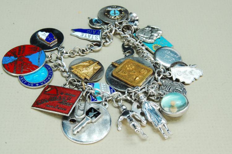 Vintage 70g Sterling Silver Charm Bracelet