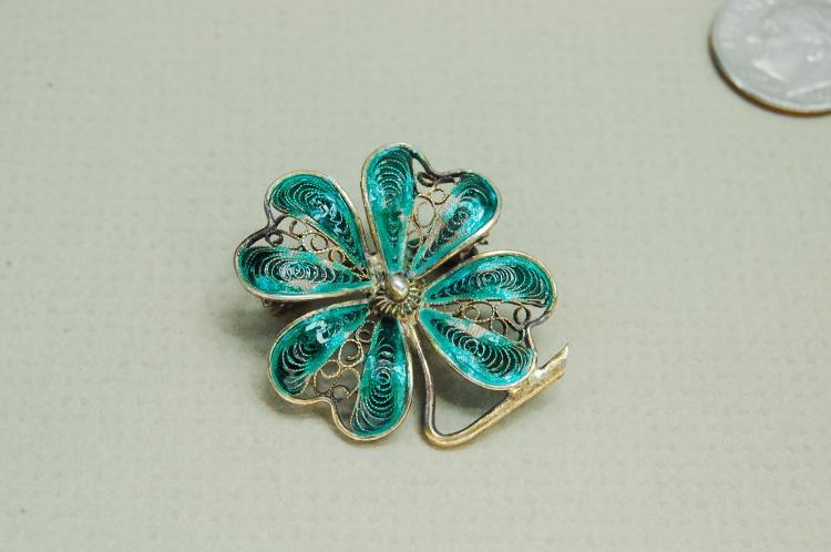 Vintage 900 Silver Filigree Enamel 4 Leaf Clover Lucky Brooch