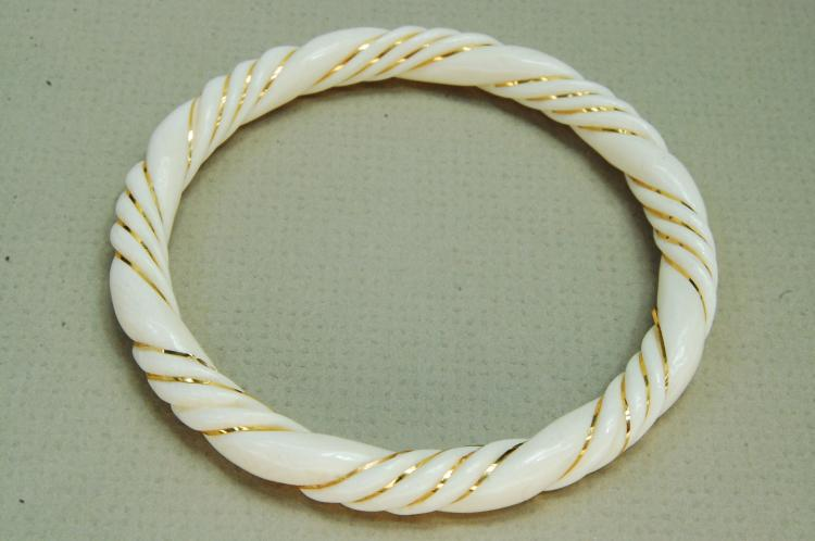 Chinese Export Carved Ivory 14K Gold Bracelet
