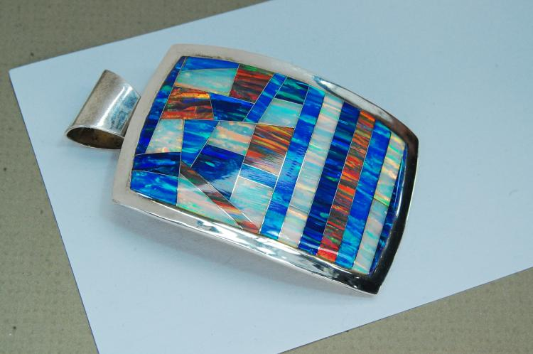 Modern 23g Sterling Opal Inlaid Signed RL Pendant