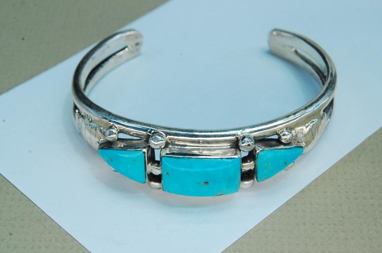 Vintage 37g Sterling Turquoise Navajo Bracelet