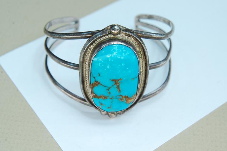 Lot 128: 23g Sterling Turquoise Navajo Cuff Bracelet