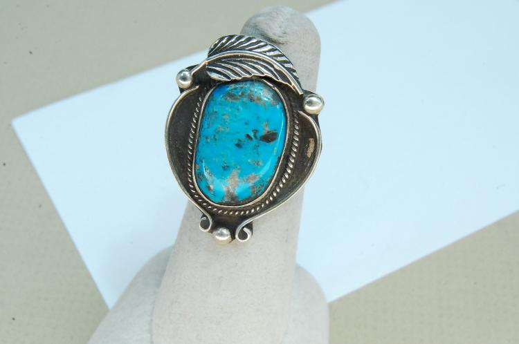 Vintage 8g Sterling Turquoise Navajo Ring Size 6