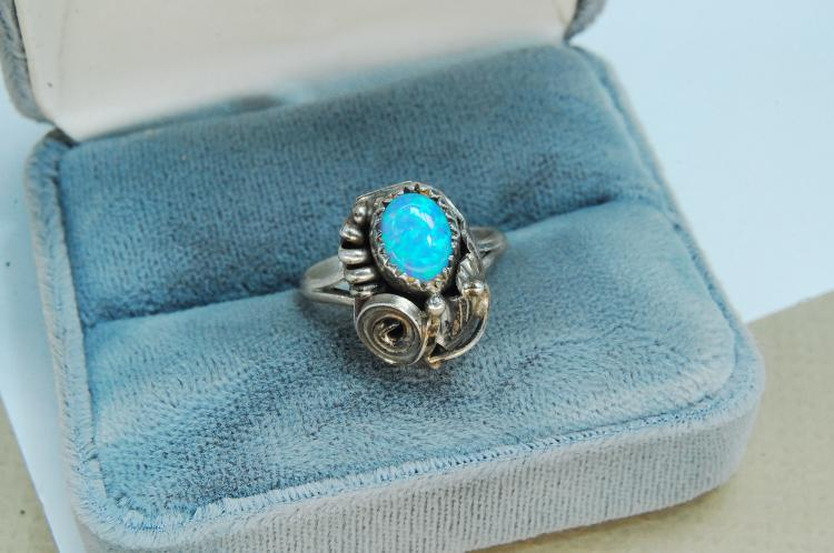 Sterling Silver Opal Navajo Ring Size 7