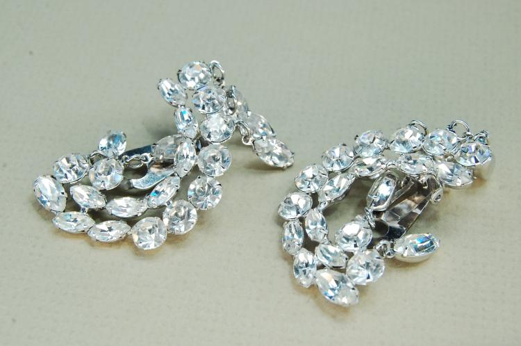 Vintage Costume Jewelry Rhinestone Clip Earrings