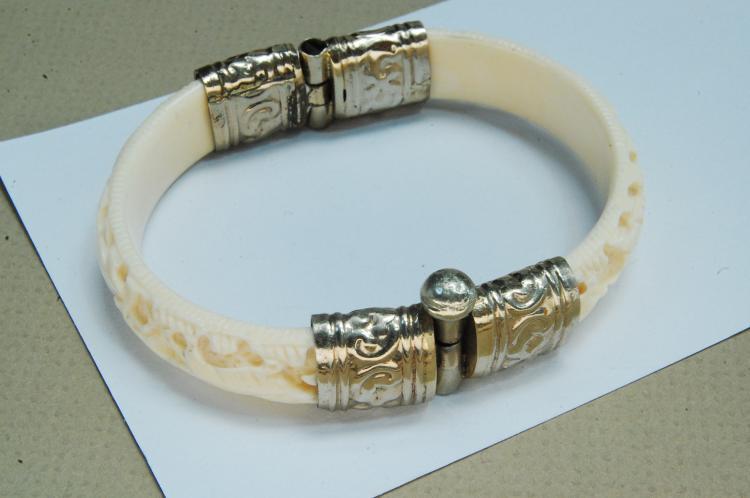 Vintage Carved Ivory Hinged Bracelet