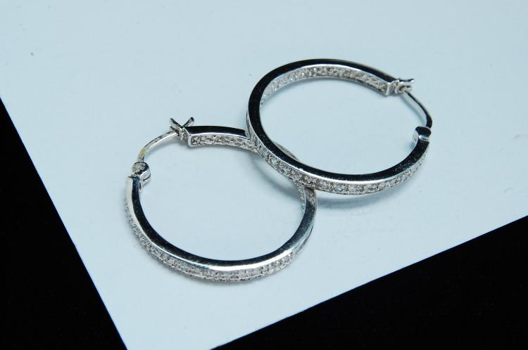 4.1g 14K White Gold Diamond Hoop Earrings