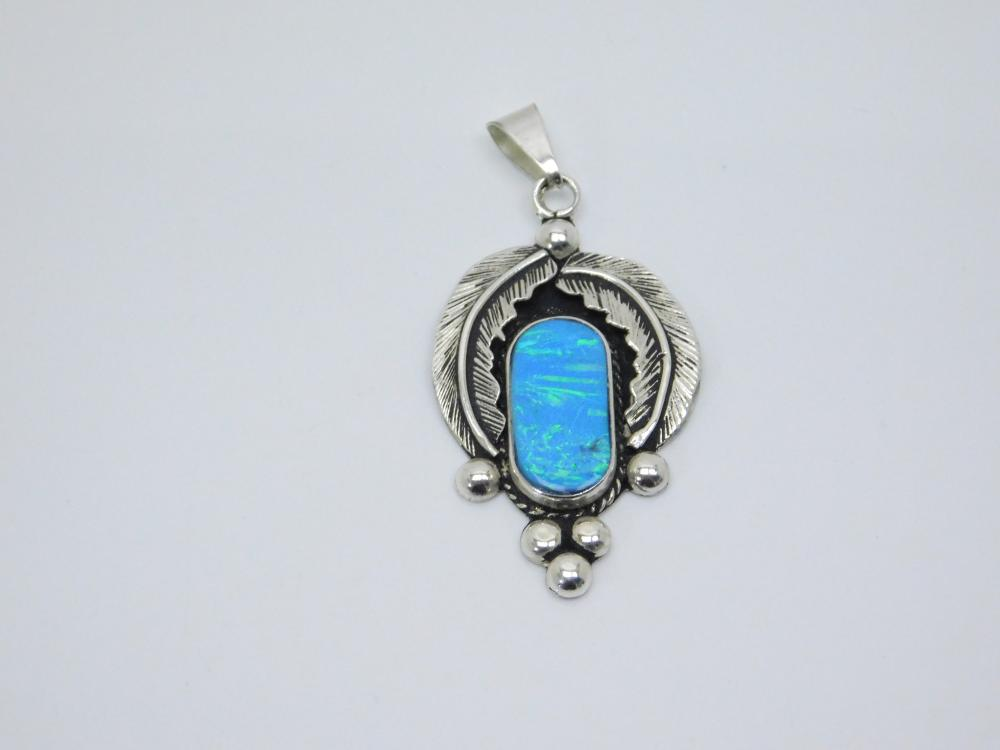 Vintage Native American Or Mexico Sterling Silver Lab Opal Feather Pendant 10G