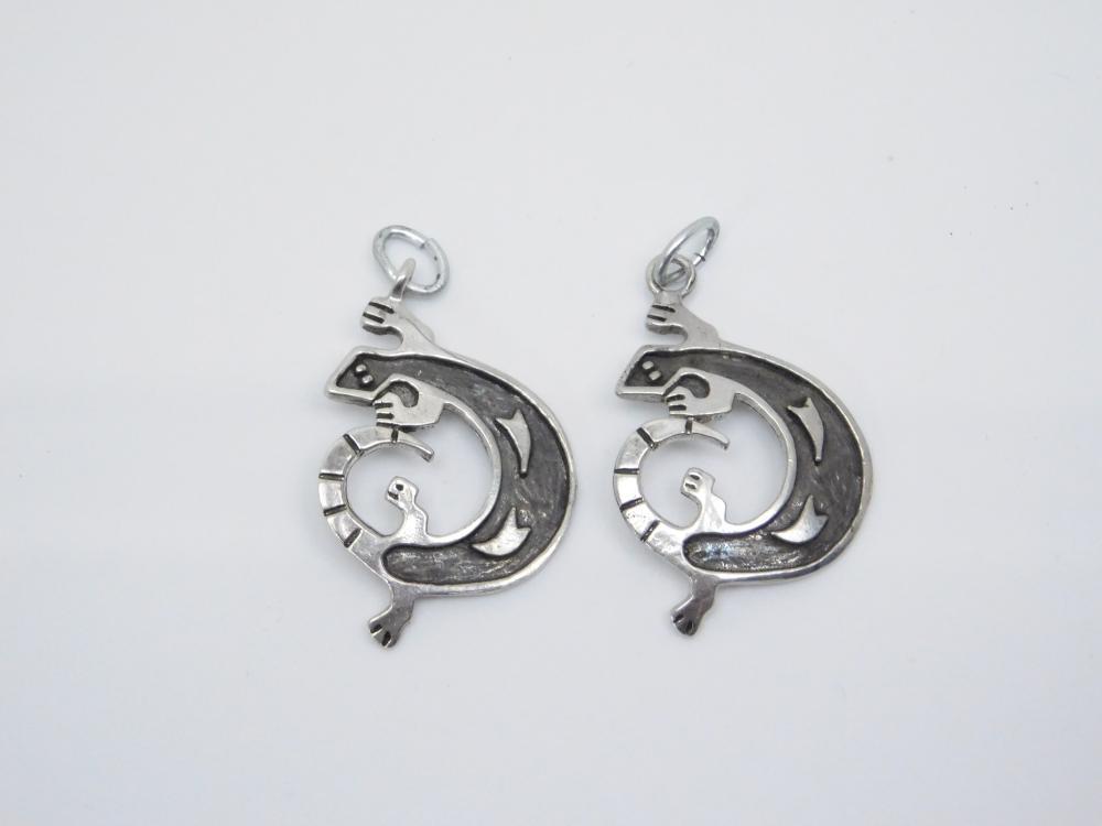 Vintage  Native American Hopi Sterling Silver Overlay Lizard Earrings Missing Hangers 9.7G