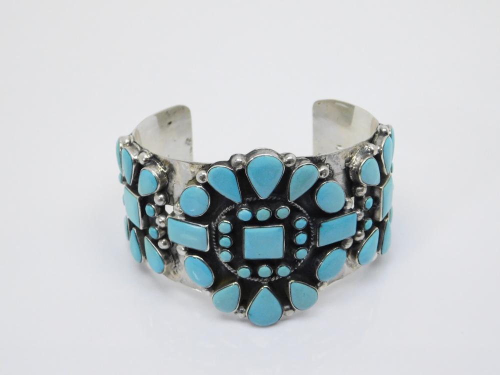 Vintage Native American Sterling Silver Turquoise Cluster Large Cuff Bracelet 88G