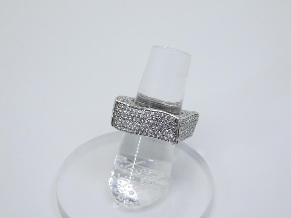 Sterling Silver Brilliant Cz Encrusted Square Fashion Cocktail Ring 12.9G