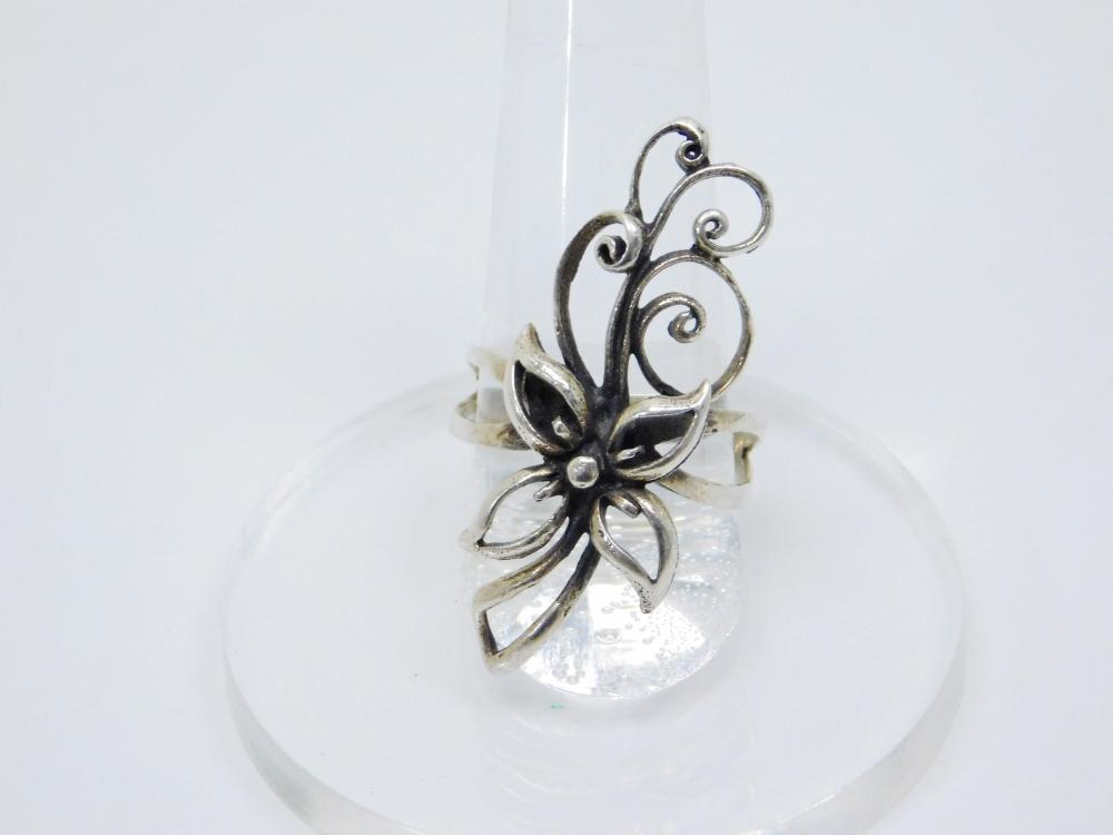 Sterling  Silver Flower & Blowing Wind Design Fashion Ring 4.7G Sz9.75