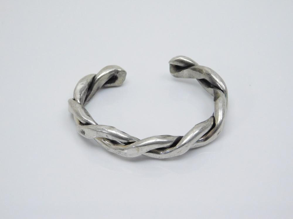 Vintage Chunky. Native American Sterling Silver Twisted Cuff Bracelet 61G