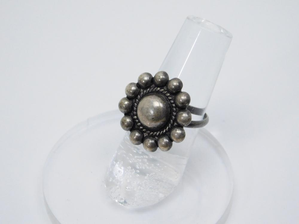 Vintage Mexico Sterling Silver Ball Bead Ring 1.8G Sz8