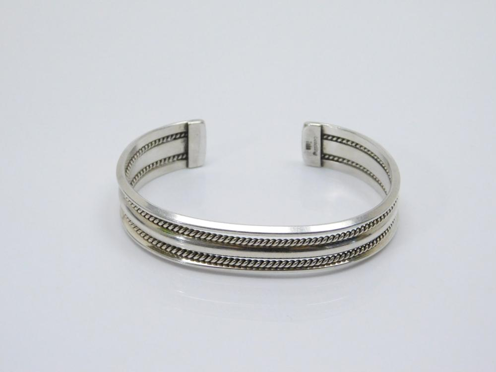 Vintage Native American Navajo Tahe Sterling Silver Coiled Wire Cuff Bracelet 24G