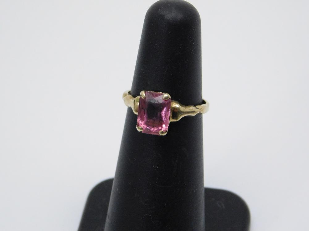Vintage 10Kt Yellow Gold Pink Stone Ring 1.2G Sz4.25