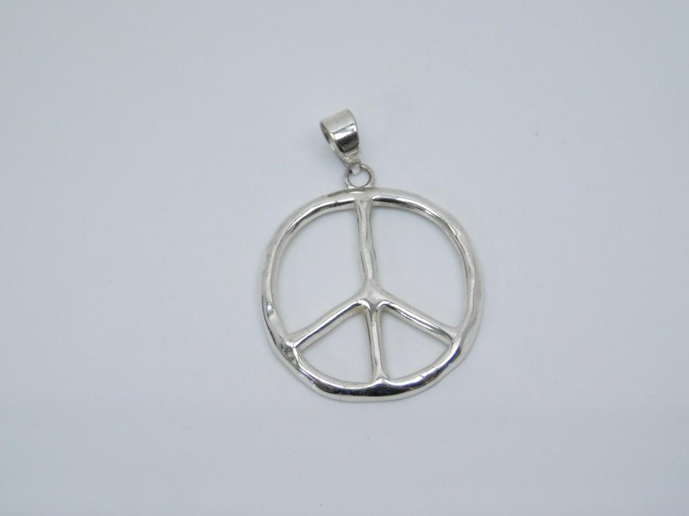 Sterling Silver Peace Sign Pendant 4.9G