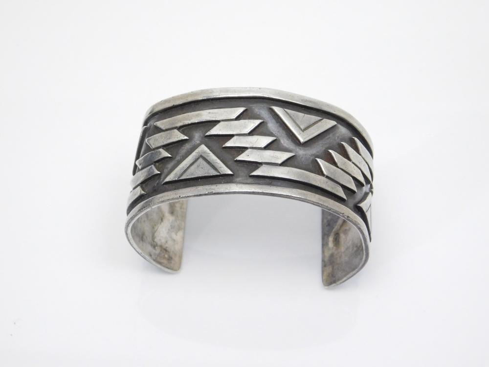 Vintage Taxco Victoria 980 Silver Overlay Design Cuff Bracelet 54G