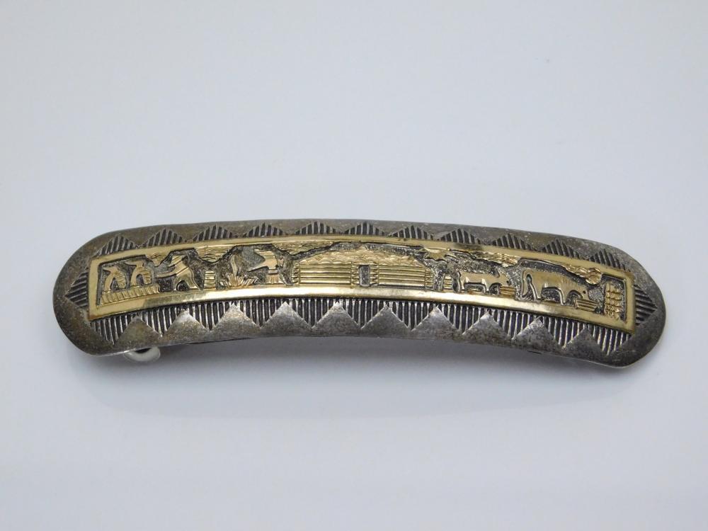 Vintage Native American Navajo Sterling Silver Goldfilled Storyteller Hogan Barrette 14.4G