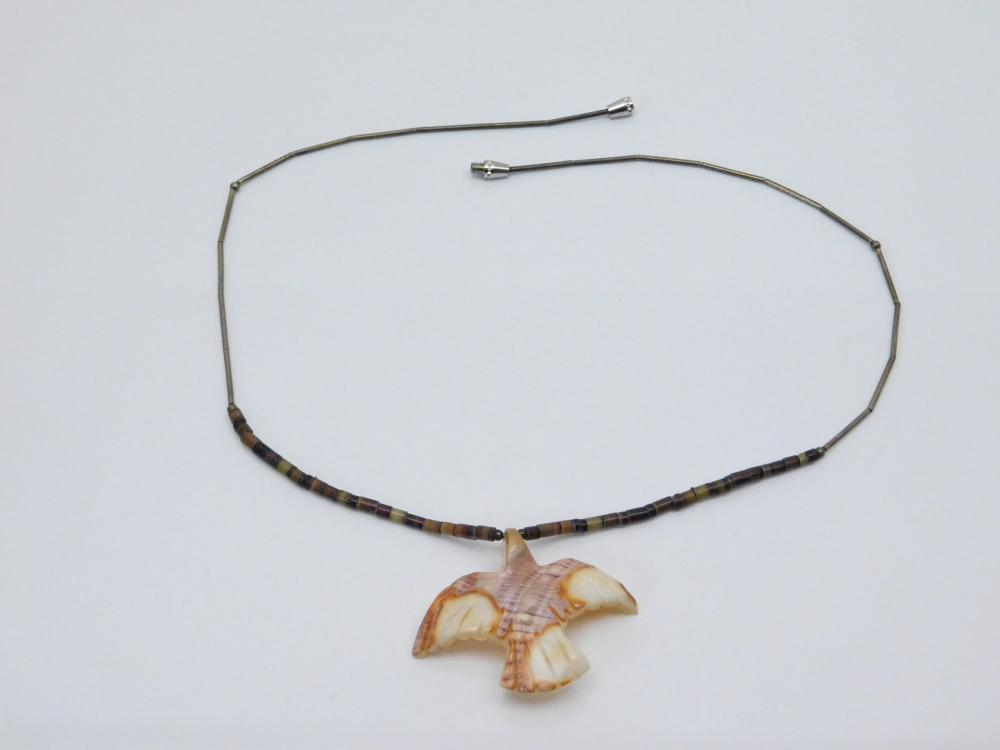 Vintage Native American Carved Stone Bird Pendant Bead Necklace
