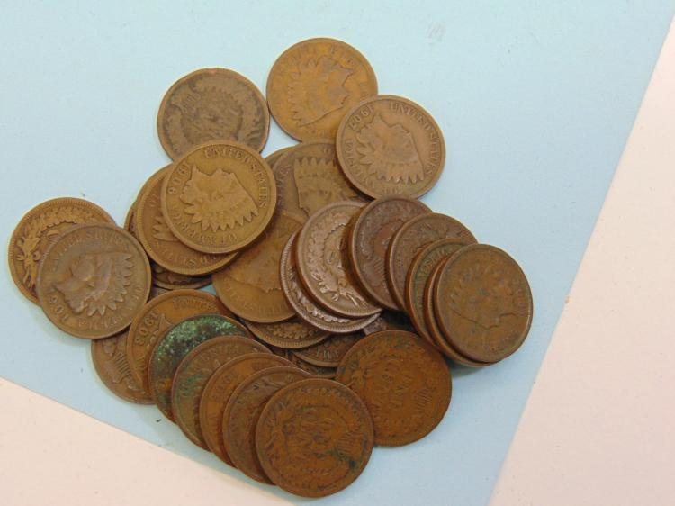 Lot 50: Indian Head Cent US Coin Lot Of 31