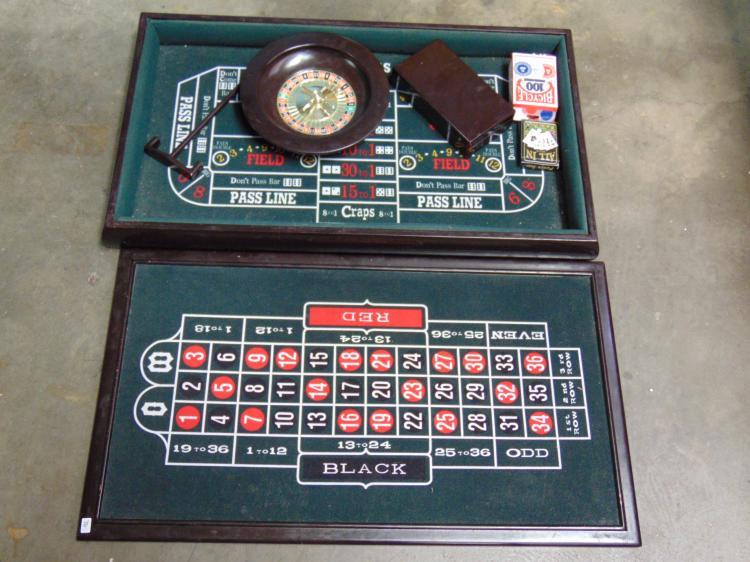 Roulette Black Jack Craps Mini Casino Game Set