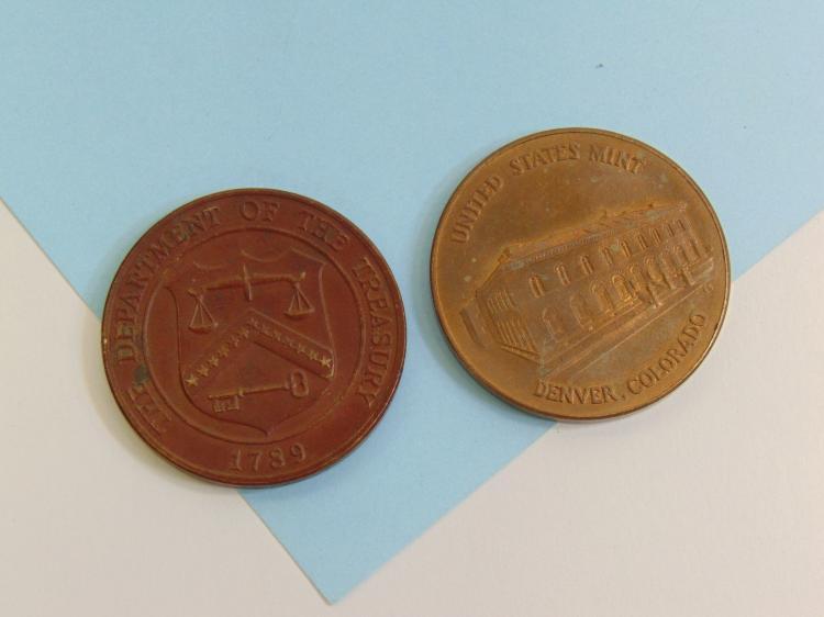 Lot 126: Vintage Brass & Bronze US Denver Mint Medallions