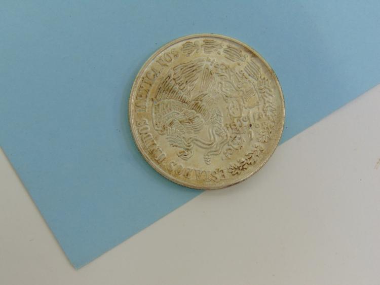 Lot 164: 1978 Cien Pesos Mexico 72% Silver 720 Coin