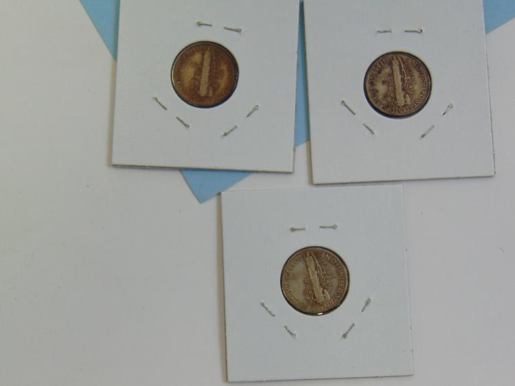Lot 199: 1943 SD & P Mercury Dime US Carded Coin Lot Of 3