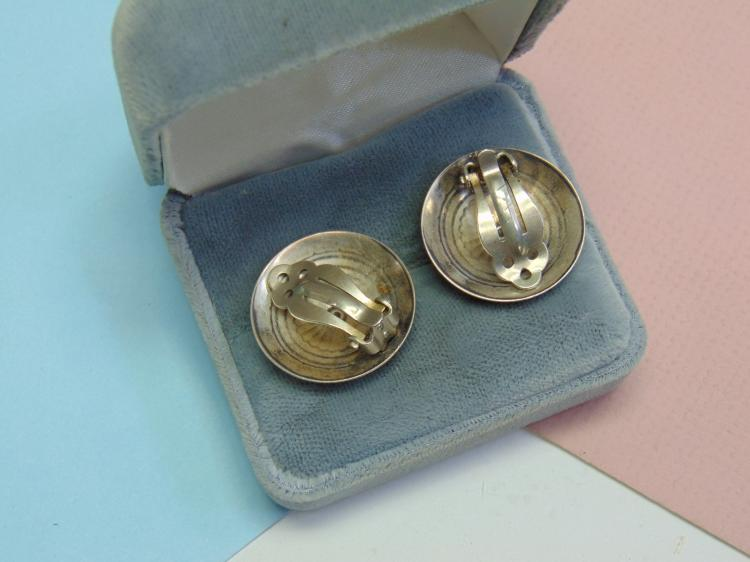 Lot 179: Vintage 7.5g Sterling Concho Clip On Earrings