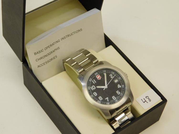 Victorinox Swiss Army Stainless Steel Water Resistant 100M Swiss Made Mens Wrist Watch In Box