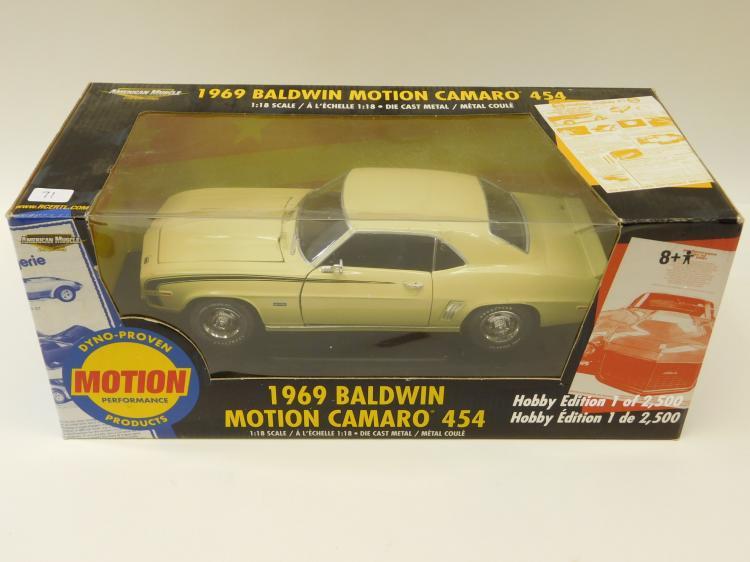 Ertl American Muscle 1969 Baldwin Motion Camaro 454 1/18 Scale Diecast Metal Car