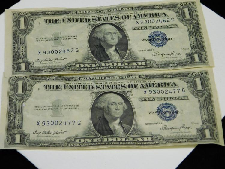 Lot Of 2 1935E $1 One Dollar Silver Certificates