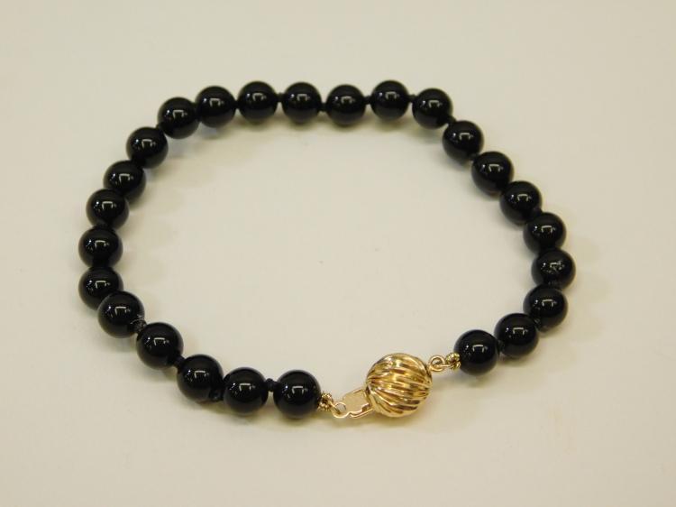 Vintage 14 Karat Gold Ball Clasp Black Jet Knotted Bead Bracelet