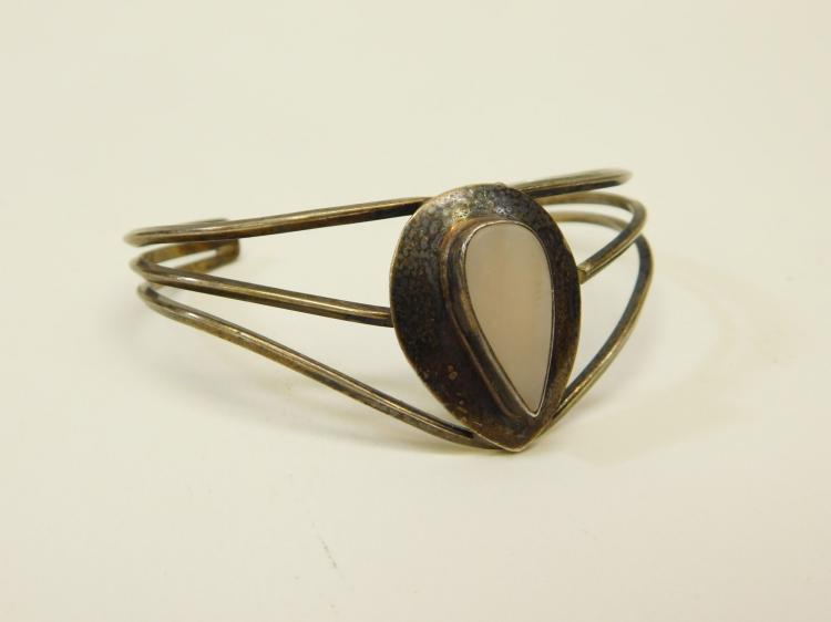 Vintage Navajo Sterling Silver Mother Of Pearl Cuff Bracelet For Repair