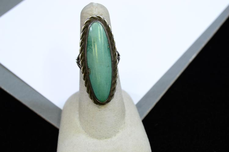 10.1 Gram Navajo Sterling Silver And Turquoise Ring Size 7