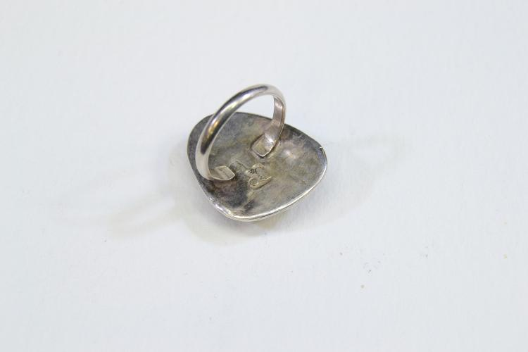 Lot 151: 7.1 Gram Sterling Silver And Lapis Ring Signed Jr Size 7