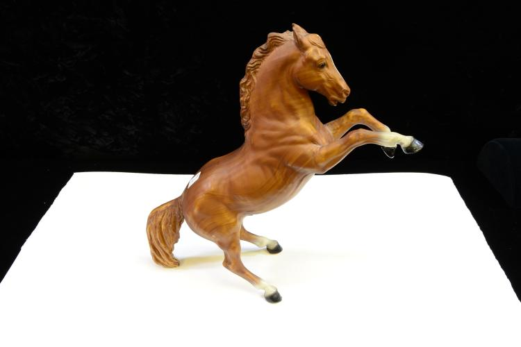 Lot 163: Vintage Breyer Molding Co King The Fighting Stallion Wood Grain Finish Toy Horse