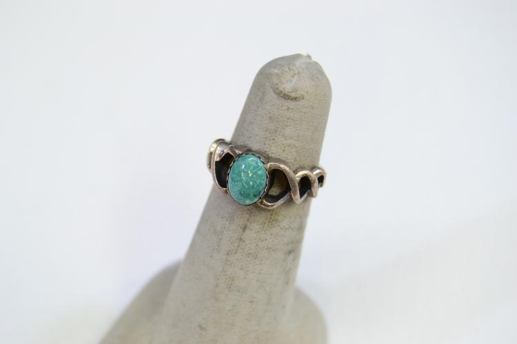 Lot 192: Sterling Silver And Turquoise Ring Signed Prairie Fire Size 4.75