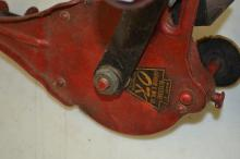 Lot 22: Antique Keystone Grinder & Mfg Co Okay Hand Crank Grinder