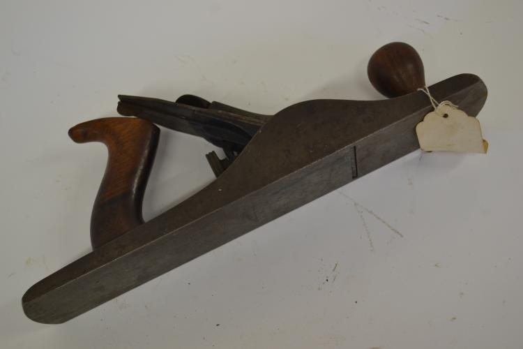 Lot 24: 1920S Stanley Bailey Number 5 Wood Plane