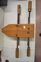 Lot 61: The Cincinnati Tool Company Number 712 12 Inch Screw Handle Parallel Wood Clamps